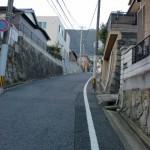 皿倉山登山口手前の住宅街の画像