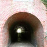 太宰府天満宮裏にある千と千尋の神隠し的なトンネルの画像