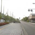 太宰府市立学業院中学校前の車道の画像