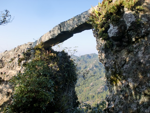 中山仙境の登山口 夷農村公園と夷谷温泉にアクセスする方法