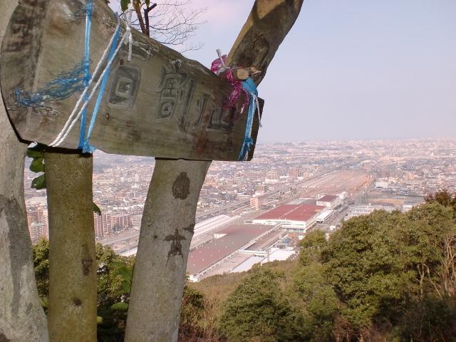 観音山・石割山の登山口 大徳寺にバスでアクセスする方法