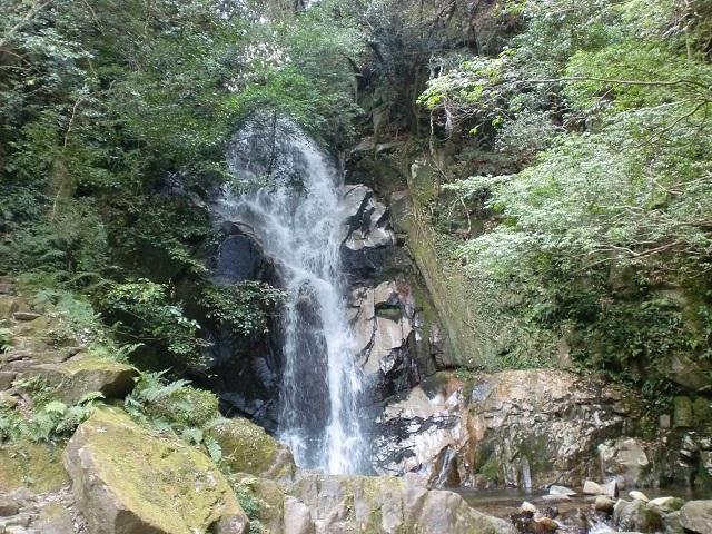 石谷山の登山口 御手洗ノ滝キャンプ場にバスでアクセスする方法
