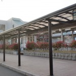 JR筑前前原駅と昭和バスの前原駅北口バス停の画像