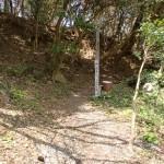 立石山登山口(芥屋海水浴場側登山道入口)の画像
