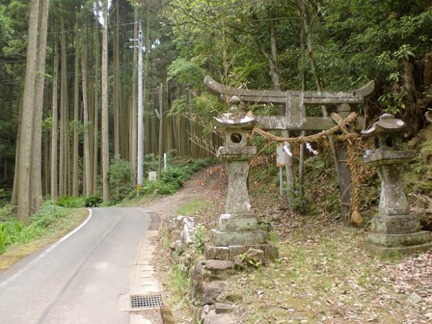 帽子岳神社一の鳥居(天草・食場)の画像