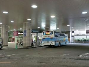 大阪梅田の新阪急ホテル関西空港行きリムジンバスのりばの画像