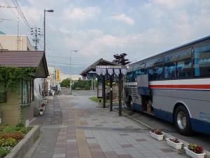信濃大町駅バス停の画像