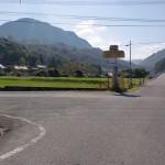 不動口バス停そばにあるT字路の画像