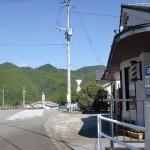 前津江振興局前バス停(日田バス)の画像