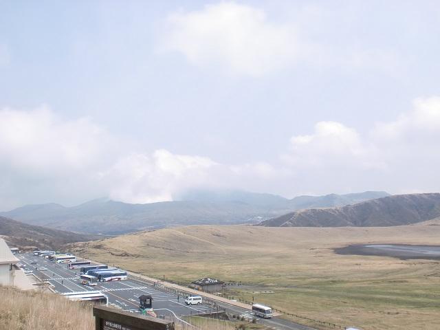 杵島岳・往生岳の登山口 草千里(阿蘇火山博物館)へのアクセス