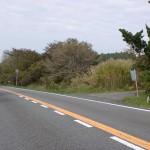 朝日台レストハウスそばにある裏側に抜ける小路の画像