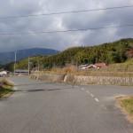 山中キャンプ場入口手前のT字路の画像