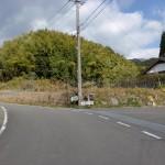 山中キャンプ場への林道入口の画像