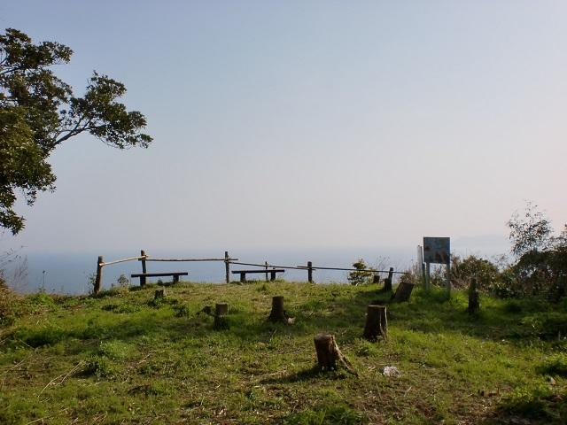 鎮山山頂(姫島)の画像