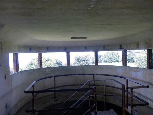 棹崎砲台の地下壕内部の画像