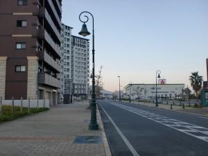 門司駅裏手の長崎街道の画像