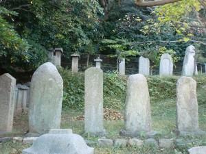 手向山にある宮本伊織など宮本家代々の墓の画像