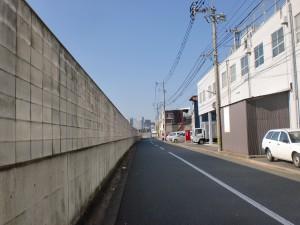 国道199号線の末広町交差点を左折し長崎街道に入ったところの画像