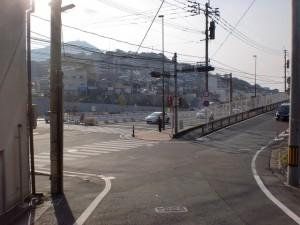 三条からの長崎街道が県道62号線の大蔵交差点に出るところの画像