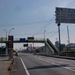 JR大町駅東側にある歩道橋地点の画像
