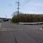 津吉橋から早福トンネル方面に向かう分岐T字路の画像