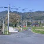 西分バス停前の5差路の画像