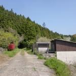 人形石山・国見岳登山道入口(浦ノ崎駅側)の舗装が途切れるところの画像