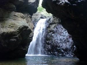 岩戸の滝(薬師谷渓谷・宇和島市)の画像