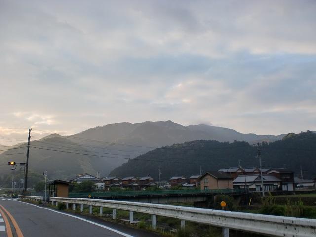 戸祇御前山の登山口にアクセスする方法※宇和島バスセンター発着