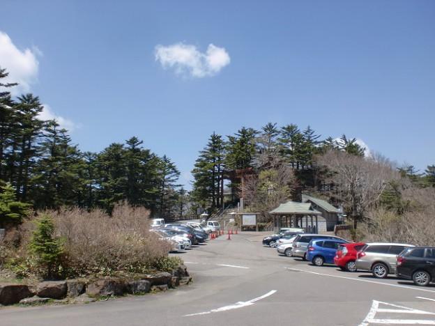 土小屋のレストハウスから石鎚神社方面を見るの画像