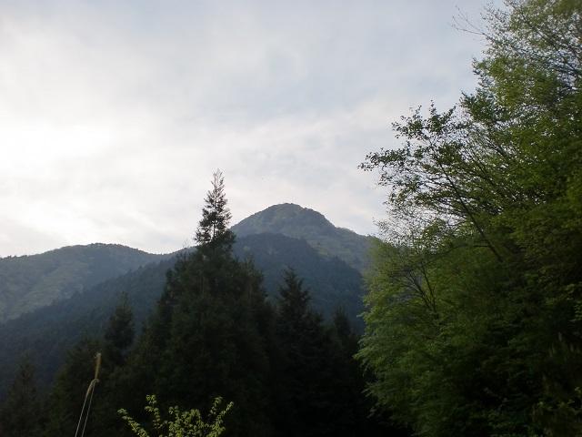 三ヶ森の登山口 楠窪林道にアクセスする方法※松山発着