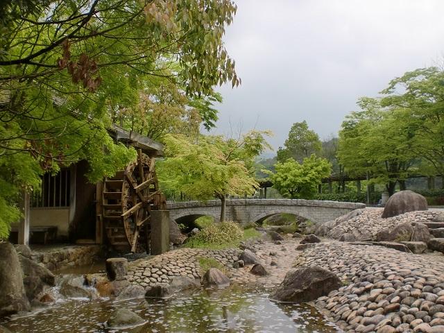中蓮寺峰・若狭峰の登山口 香川用水記念公園にアクセスする方法