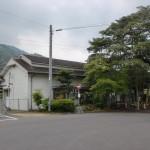 JR讃岐財田駅(土讃線)と財田駅バス停(三豊市コミュニティバス)の画像