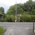 黒川駅前の県道202号線の画像