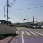 県道10号線のエネオスのスタンド横の交差点の画像