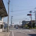 JR讃岐津田駅から国道11号線に出るところ