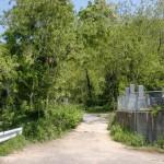 松井谷墓地の奥にある八栗寺への裏参道に続く道