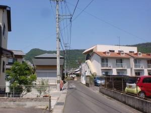 潟元駅北側の路地