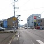 県道18号線沿いの西坂元交差点