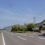 新池横の神谷神社へ入る道の入口