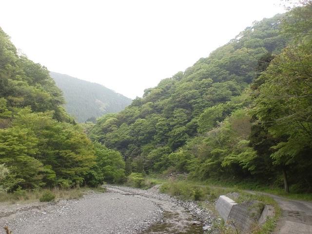 東三方ヶ森の登山口 阿歌古渓谷にアクセスする方法