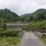丹波バス停から弘法大師の網掛け石に行く途中にある橋