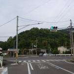羽間駅から西長尾城跡い行く途中にある消防団の倉庫の先の交差点