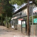 右田小学校西側の天徳寺の参道入口