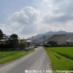 大和中学校(光市)前の農道