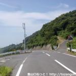 上盛山山頂への林道の入口
