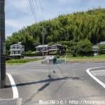 国木田独歩旧邸前から北に歩いたところで車道に出るところ