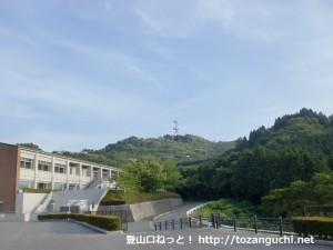 山口県ふれあいパークから見る銭壷山山頂