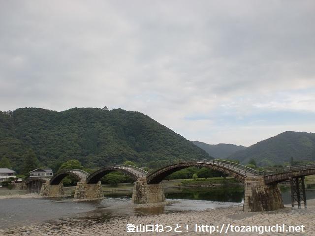 岩国城の登山口 錦帯橋と紅葉谷公園にアクセスする方法