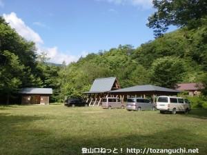 聖光小屋のテントサイト